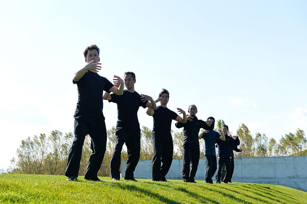太気拳の基本稽古である立禅。中国では站椿(たんとう)と呼ばれています。